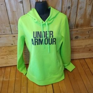 Under armour hoodie.   Size small.